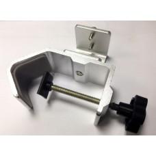 Крепеж для установки обогревателя под навесными конструкциями
