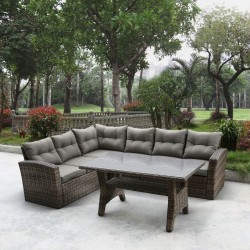 Угловой диван из искусственного ротанга со столиком