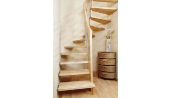 Готовые деревянные лестницы для дачи