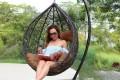 Подвесное кресло - это чудо из ротанга